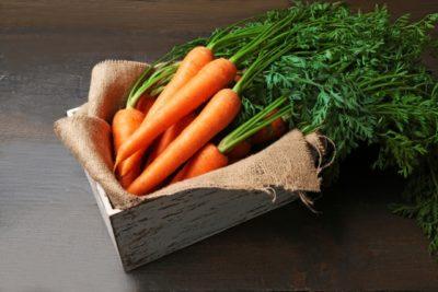 Можно ли хранить морковь всю зиму прямо на грядке?